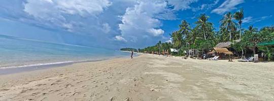 Strand auf der thailändischen Insel Koh Lanta